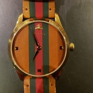 "MENS/WOMENS GUCCI ""G TIMELESS "" WATCH 38mm"
